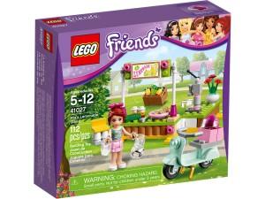 LEGO Mia's Lemonade Stand 41027